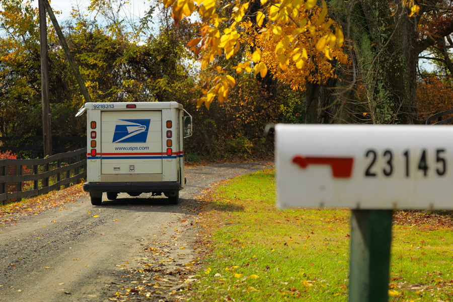 USPS awards contracts for next generation delivery vehicle